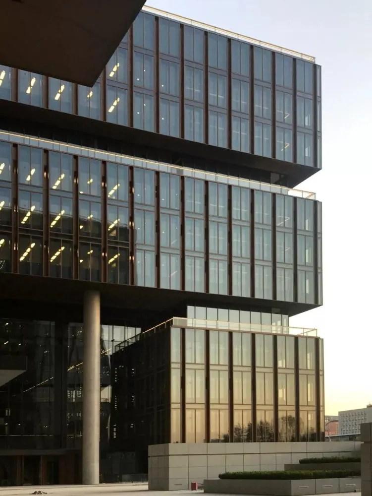 亞投行總部大樓暨亞洲金融大廈竣工儀式成功舉行-看點快報