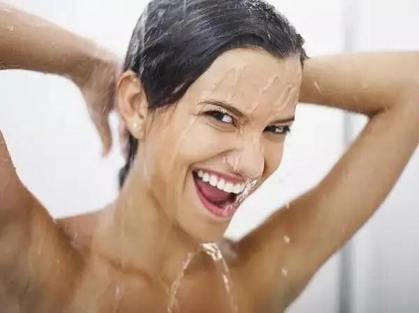 這4個行為傷害皮膚,讓你滿臉痘痘皮膚變差,有幾件你每天都做?