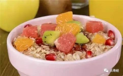 夏生最佳水果養生粥,多煮碗甜甜粥喝出好肌膚!