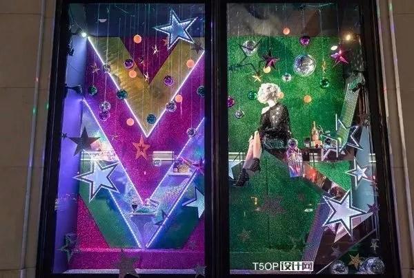 kitchen window ideas garbage disposal 国外2017年圣诞橱窗系列正文 卡卡头条 橱窗上满是星星的形状和图案 照明方案包括382旋转镜球和5370mled照明 3555个树脂星和悬挂装饰 每个窗口都有一个金属箔 亮片和全息背景 创造一个令人眼花缭乱的