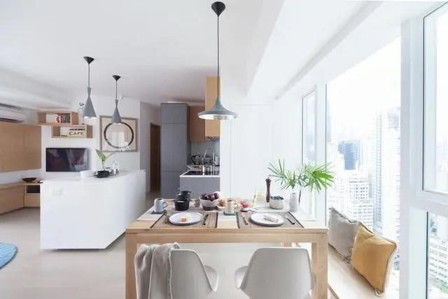 kitchen island with range macy's appliances 设计大师做的装修果然不同凡响房子因设计而价值倍增 左侧可以看到 客厅的电视柜其实做成了l型 客厅是长条形的 但与厨房岛相融合之后 其实范围更广了