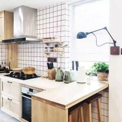 Kitchen Walls Arts And Crafts Lighting 厨房墙壁贴什么瓷砖好看 真没想到首选会是它 腾讯网 厨房的墙壁