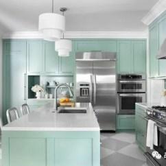 Repaint Kitchen Cabinets 2 Chair Table Set 美国橱柜流行色系 天天快报 薄荷绿或蓝绿色在厨柜上看起来也非常棒 很受年轻人的追捧 是这几年比较流行的颜色 体现一种清新愉悦的氛围