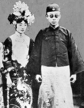 同樣是末代皇帝溥儀的后妻。李淑賢和李玉琴對婉容的描述截然不同-看點快報