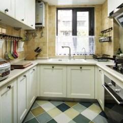 Mobile Island Kitchen Under Cabinet Lights 一组好看的u字型橱柜布局 厨房这样设计实用又美观 天天快报 U字型的橱柜布局的动线是最合理的 家庭煮夫 妇只需要站在中间的一个点上 就能洗菜 切菜和炒菜 移动的位置非常短