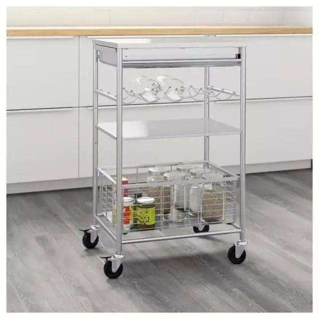 small kitchen carts ceiling fans with lights 厨房收纳小技巧 瞬间感觉厨房大了几倍 腾讯网 很多小厨房的操作台都非常狭窄 有时候台面上东西一多 连切菜都没地方了 这时 你的厨房里就需要一个小推车