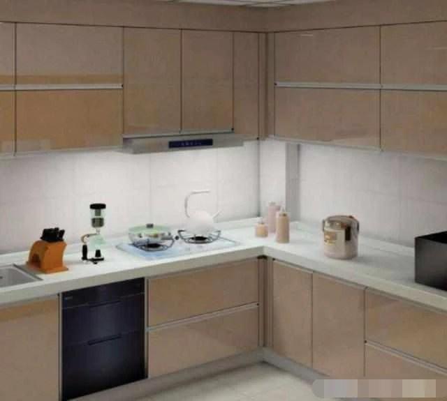 skinny kitchen cabinet island 厨房如今流行这样装橱柜 真是实用又好看 懊悔我家没早些知道 天天快报 谈到厨房的装饰 最重要的是厨柜的选择 如果您能掌握正确安装机柜的方法 那么安装的机柜不仅美观 这非常实用