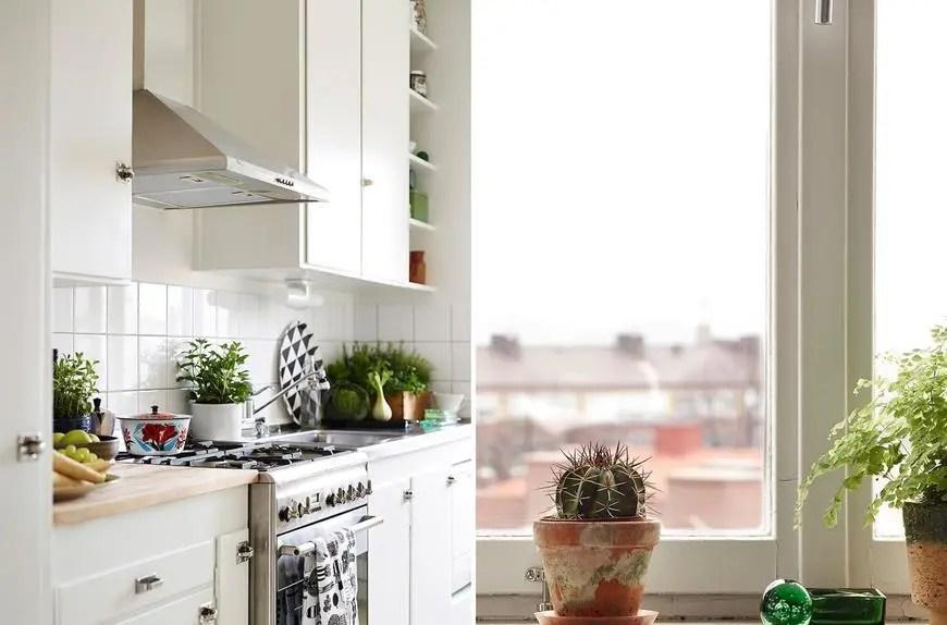 kitchen lazy susan paint colors for cabinets 厨房这样装用好几年都不乱 跟新的一样 特别适合小户型 天天快报 好的食物准备好了 阳光透过窗户懒洋洋地照耀着 时间是如此的宁静和美丽