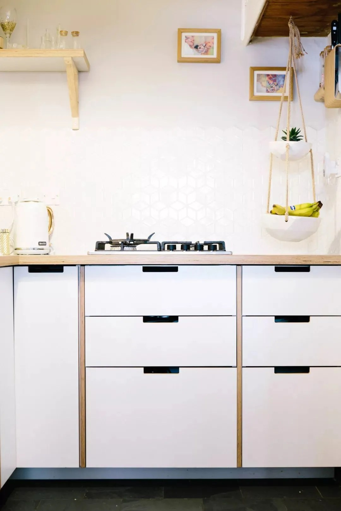 compact kitchens kitchen exhaust fan lowes 紧凑型厨房的设计技巧让空间变大又不失功能性 紧凑的厨房