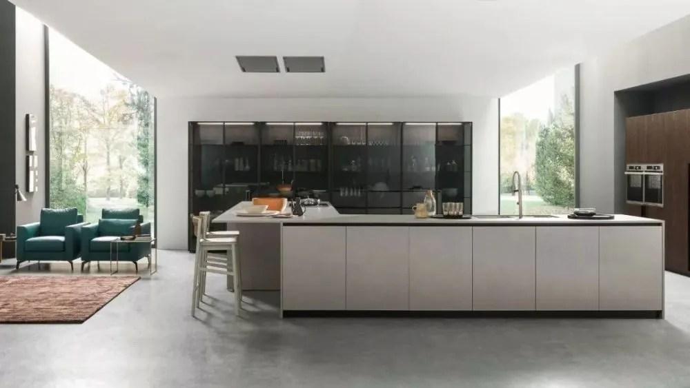 european kitchen design cabinets michigan 真正的厨房设计不是追逐潮流 而是引领潮流 天天快报 六十年以来 pedini一直是欧洲厨房设计史上的主角 pedini的理念是 结合意大利顶级设计 理念 推进技术的演变 并不断推陈出新 为人们创建一种理想的现代生活方式
