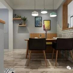 Kitchen Tile Murals Chandalier 餐厅装的优雅高档 体现了品质生活 天天快报 还有储物柜的设计 可以为餐厅收纳更多物品 在卡座后面设计了一面背景墙 采用了温馨舒适的壁画 上面的隔板上可以摆放一些绿植作为装饰 显得更加清新有活力