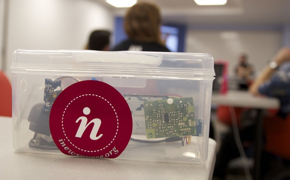 "A ""What's in the Air"" student sensor. Photo by Leo Castaneda/inewsource"