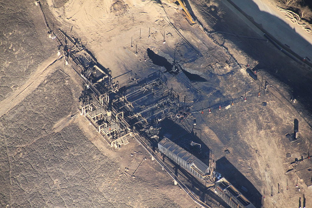 Aerial view of the Aliso Canyon gas leak, two months after the leak began. Courtesy of Earthworks