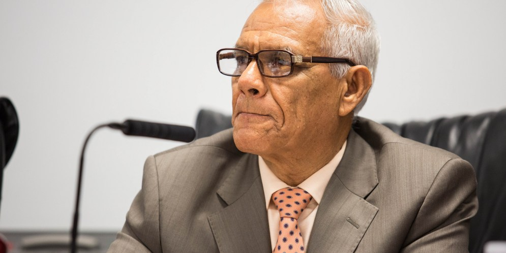 San Ysidro school trustee calls for top official's resignation, alleges financial misdeeds