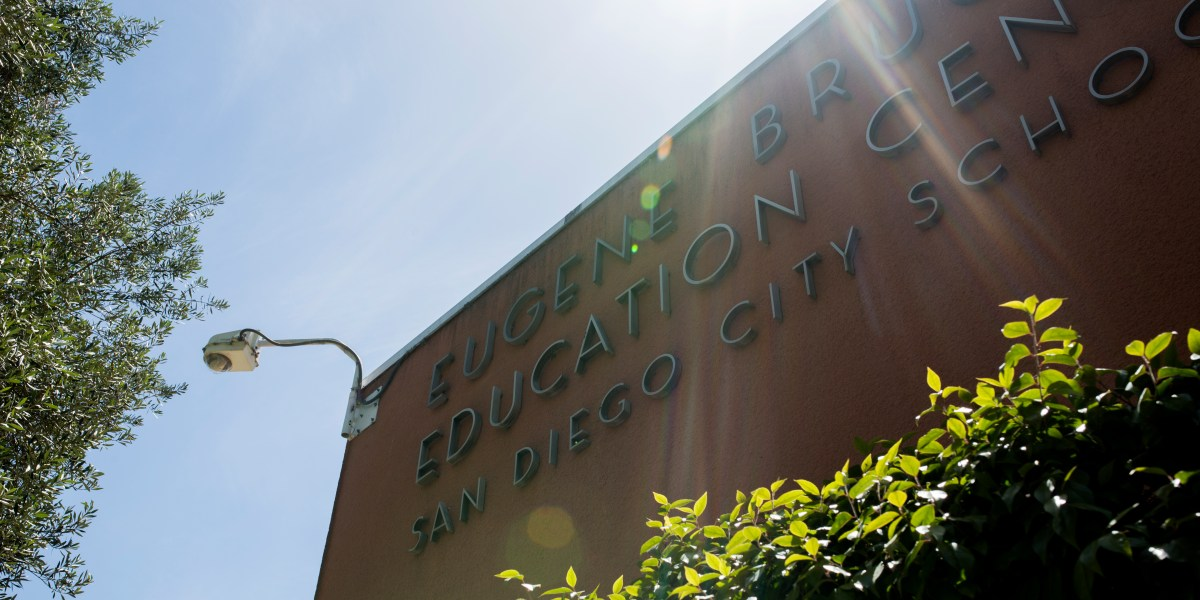 The outside of the San Diego Unified School District Education Center, May 8, 2018. (Megan Wood/inewsource)
