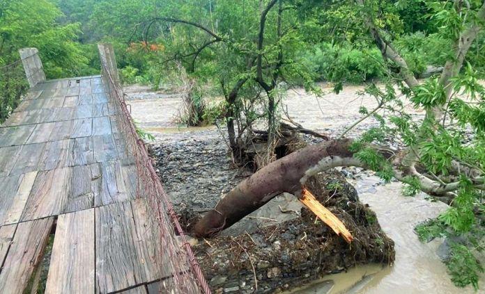 Efectos de la tormenta en Cabañas
