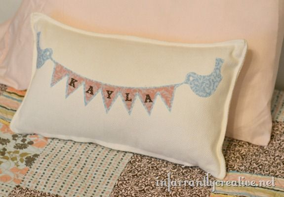 bird-banner-pillow