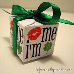 kiss me i'm irish box_thumb