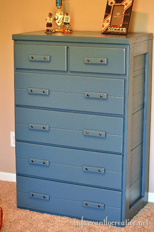 painted-blue-dresser