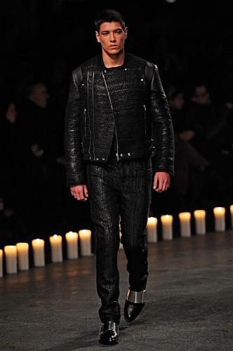 Givenchy-Mens-Fall-2013-22-332x500