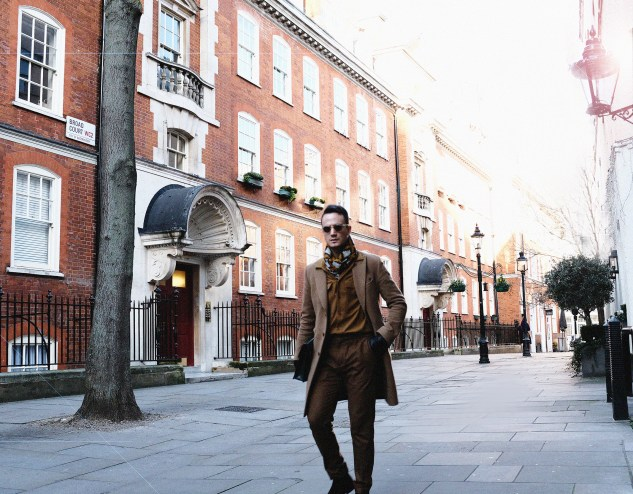 INFASHIONITY menswear fashion blog streetstyle lonfon fashion week men camel coat henri balit london