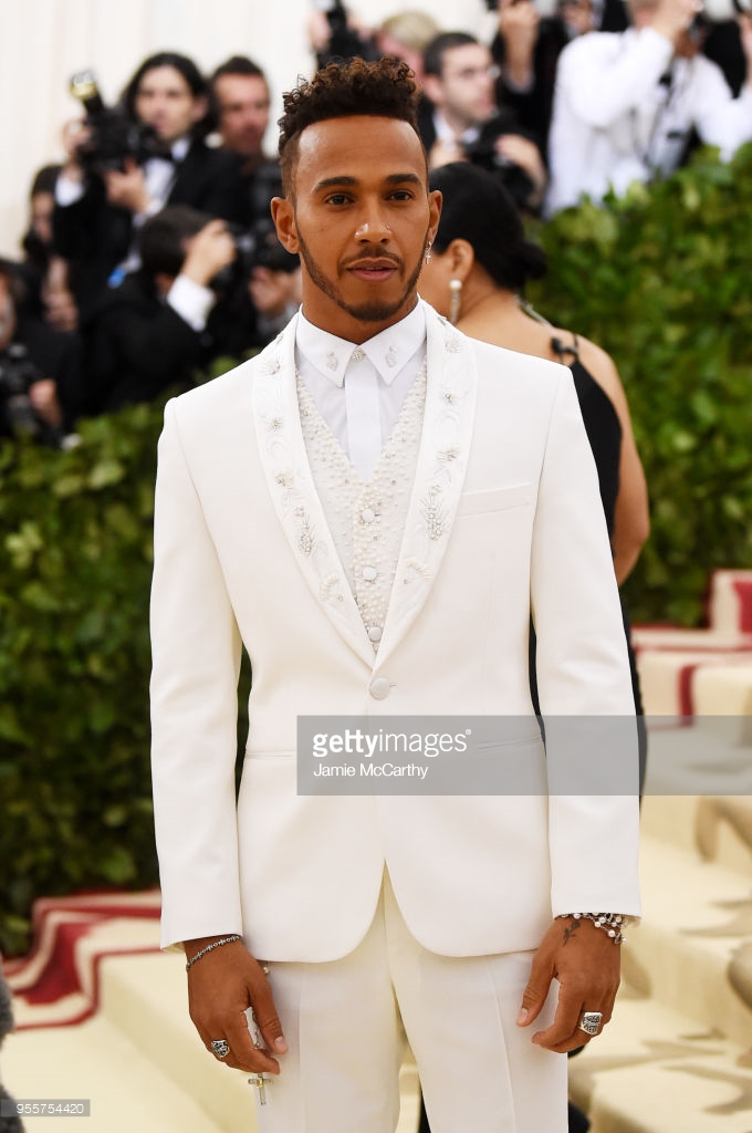 lewis hamilton tommy hilfiger met gala 2018 close