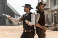 film-die-glorreichen-sieben-2016-us-manuel-garcia-rulfo-chris-pratt