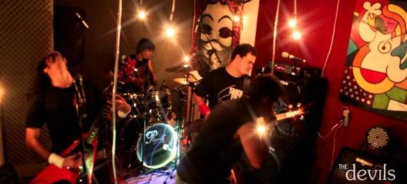 capa-the-devils-garage-pub-youtube