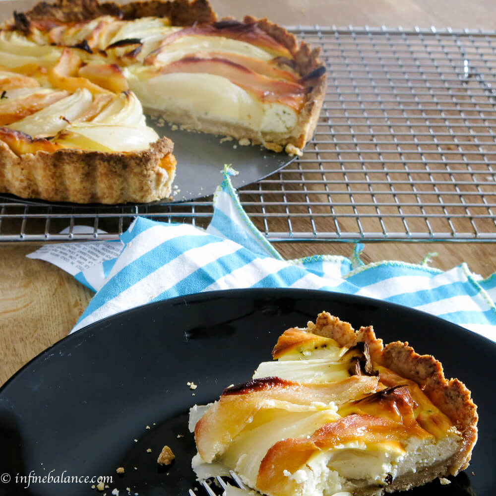 goat cheese and roasted onion tart | www.infinebalance.com
