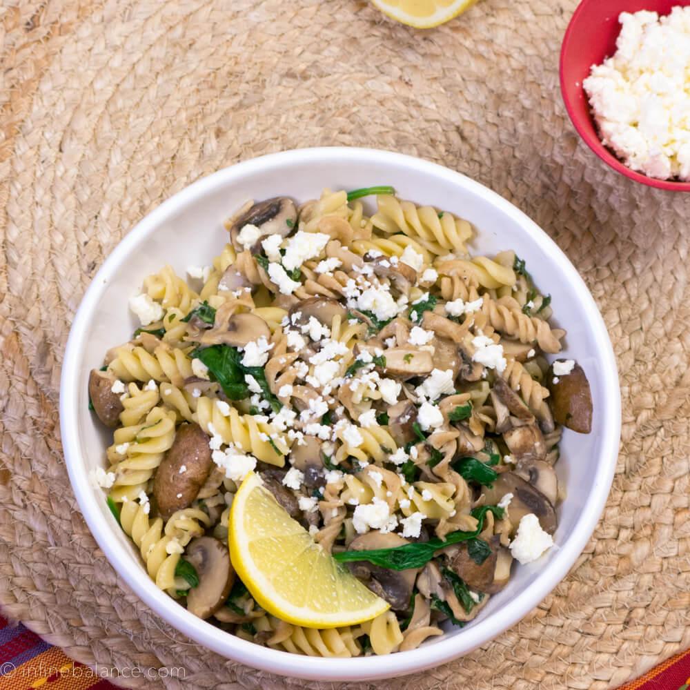 Dinner in 30: Fusilli with Mushrooms and Feta spinach pasta mushrooms lemon feta dinnerin30