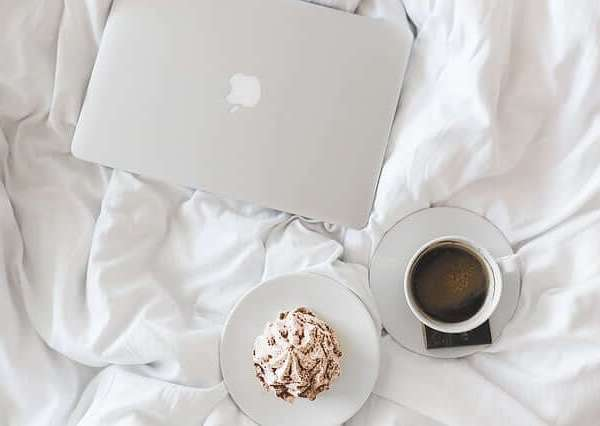 Style Theory_productive hacks_breakfast in bed