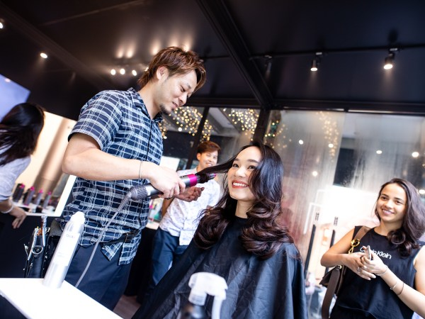 Community Event: Festive Hairstyling Workshop With Dyson