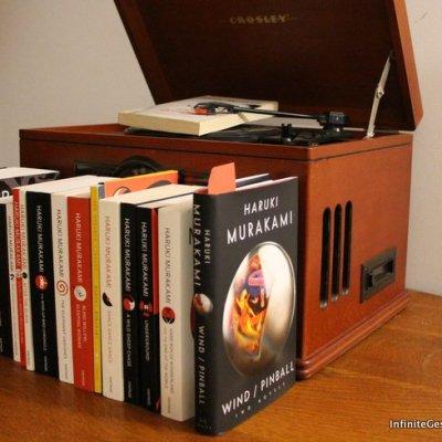 Murakami's First Novels – Hear the Wind Sing / Pinball 1973 by Haruki Murakami | Episode 007
