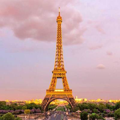 La Torre Eiffel reabre después de 104 días cerrada por coronavirus