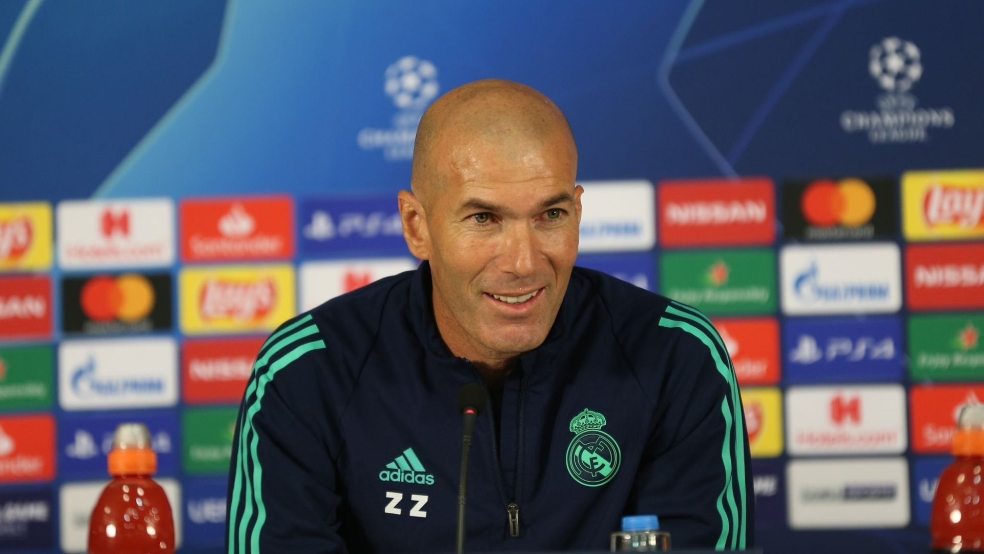 """Zidane: """"I want to be at Real Madrid forever"""""""
