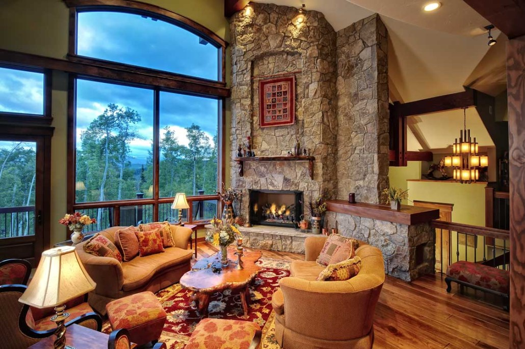 Mountain Custom Home With Spacious, Open Floor Plan