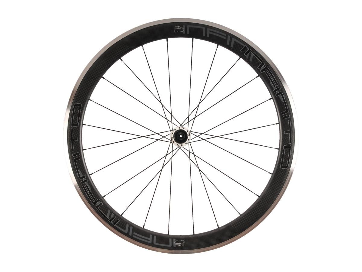 https://infinito-cycling.com/wp-content/uploads/2019/02/R5AC-Zwarte-velg-Witte-naaf-Rear-1.jpg