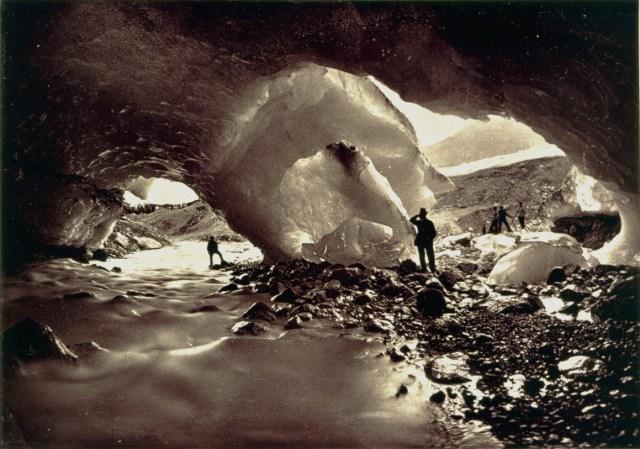 Adolphe Braun: ICE CAVERN [1850-1860] CPF/COLECÇÃO NACIONAL DE FOTOGRAFIA