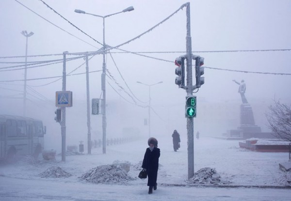 oymyakon-village-in-russia-by-amos-chapple-2-677x468