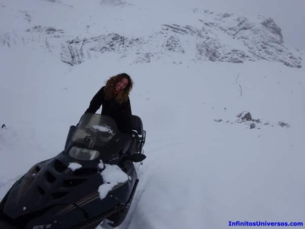 moto de nieve pirineos