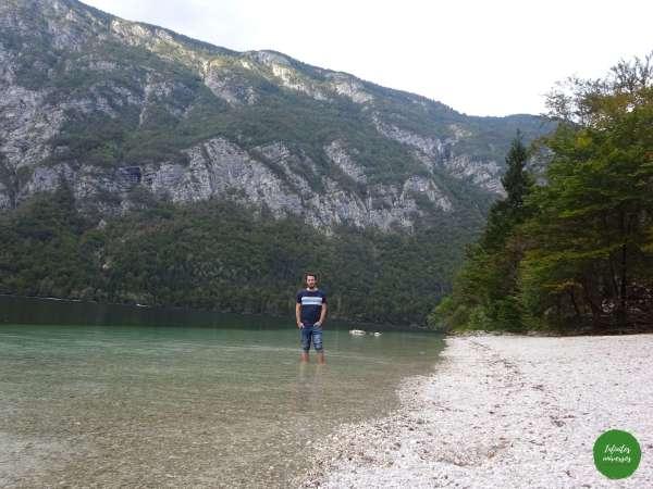 Paseando por el lago Bohinj