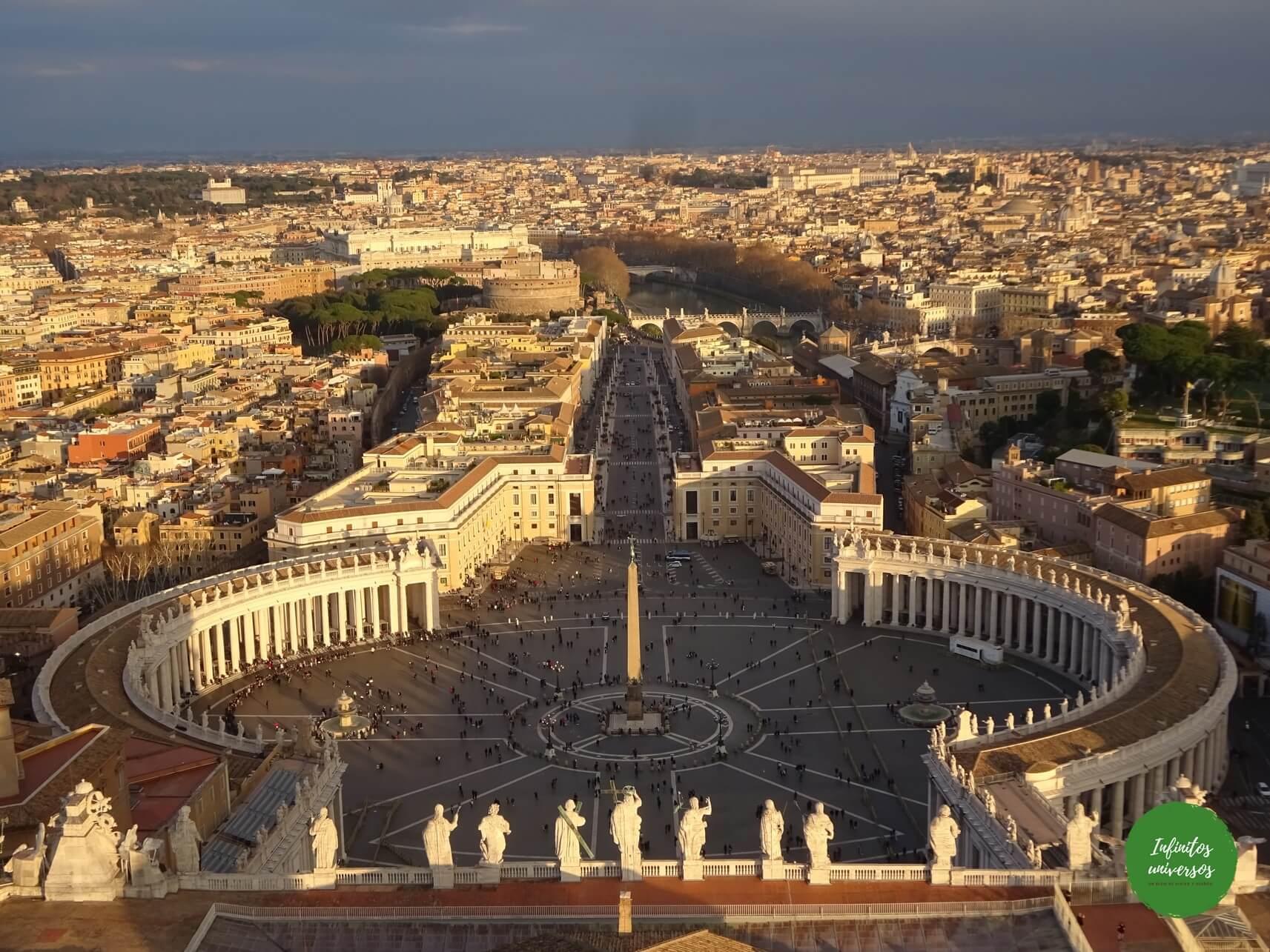 Plaza de San Pedro desde la cúpula - Qué ver en el Vaticano - Europa en verano