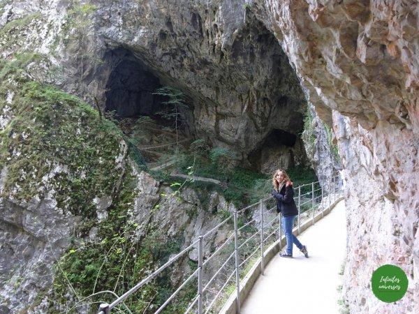 Salida Cuevas deSkocjan