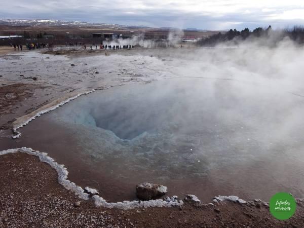 Valle de Haukadalu- Islandia  - Qué ver en Islandia