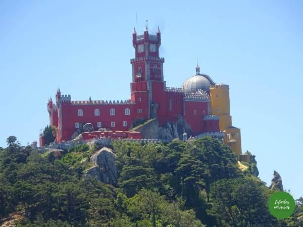 Palacio da Pena desde el Castelo dos Mouros