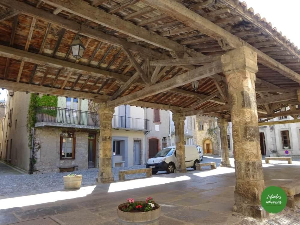 Plaza de Lagrasse