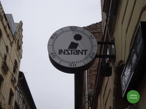 Ruin bar Instant