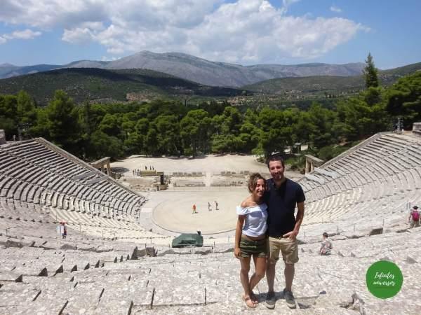 Teatro de Epidauro - Qué ver en el Peloponeso  que ver en grecia