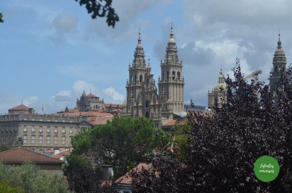 Vistas de la Catedral de Santiago desde el Parque de la Alameda