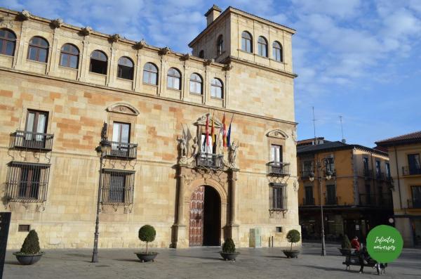 Palacio de los Guzmanes - Que ver en León